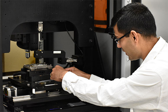UNT Professor partners with colleague in India for bioimplant longevity research